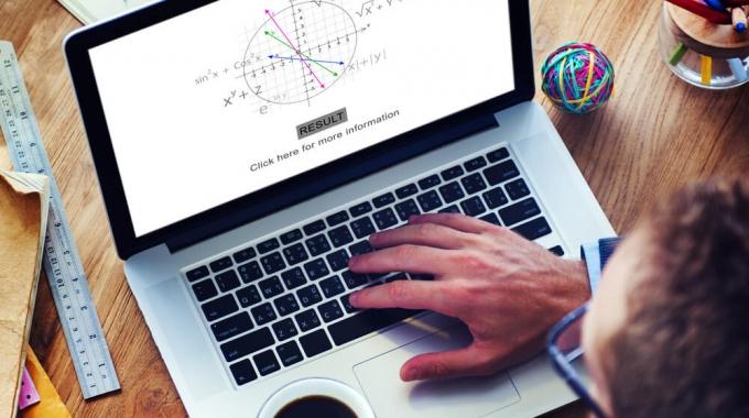 7 Razones para dar clases de matemáticas y ciencias por internet